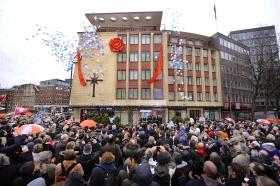 Den 21. januar 2012 fejrede Scientologi Kirken Hamborg åbningen af den gennem-renoverede ejendom på Domstrasse 9 i Altstadt, midt i Hamborgs historiske bydel.