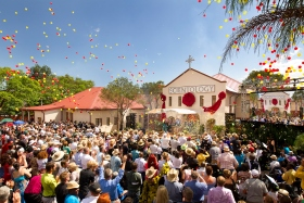More than a thousand Scientologists, dignitaries and guests celebrated the opening of the new Church of Scientology Pretoria on Saturday, February 23, 2013. The Church stands on Stanza Bopape Street, just steps from Embassy Row and the Union Buildings, the seat of South African government.